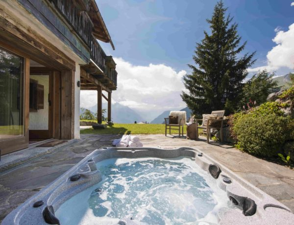 Chalet Milou, Verbier, hot tub