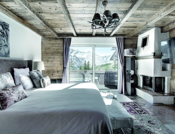 www.finest-holidays.com Luxury Ski Chalet La Vizelle, Courchevel 1850, French Alps