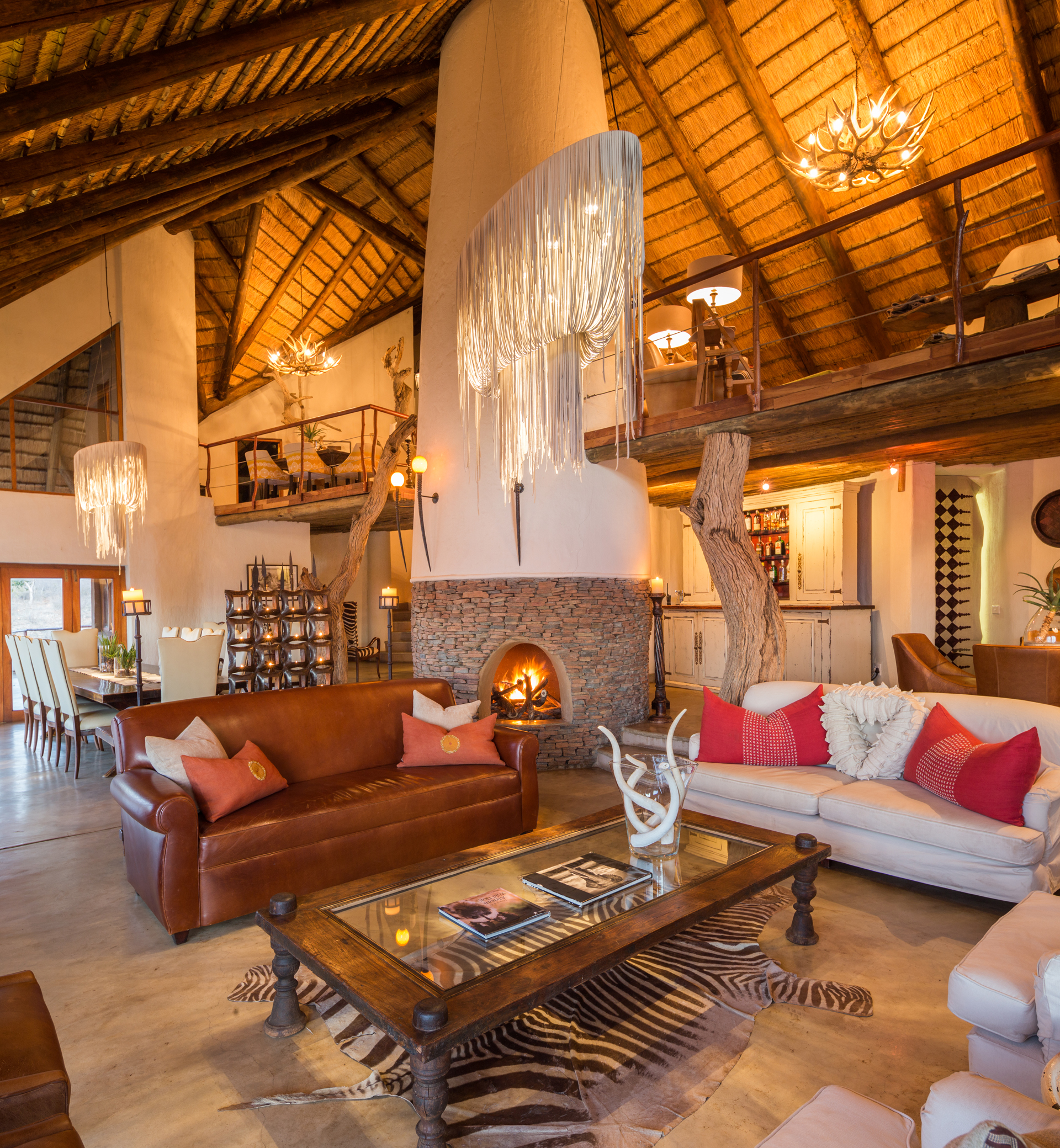 Royal Madikwe Luxury Safari Lodge, Main Lodge, Lounge