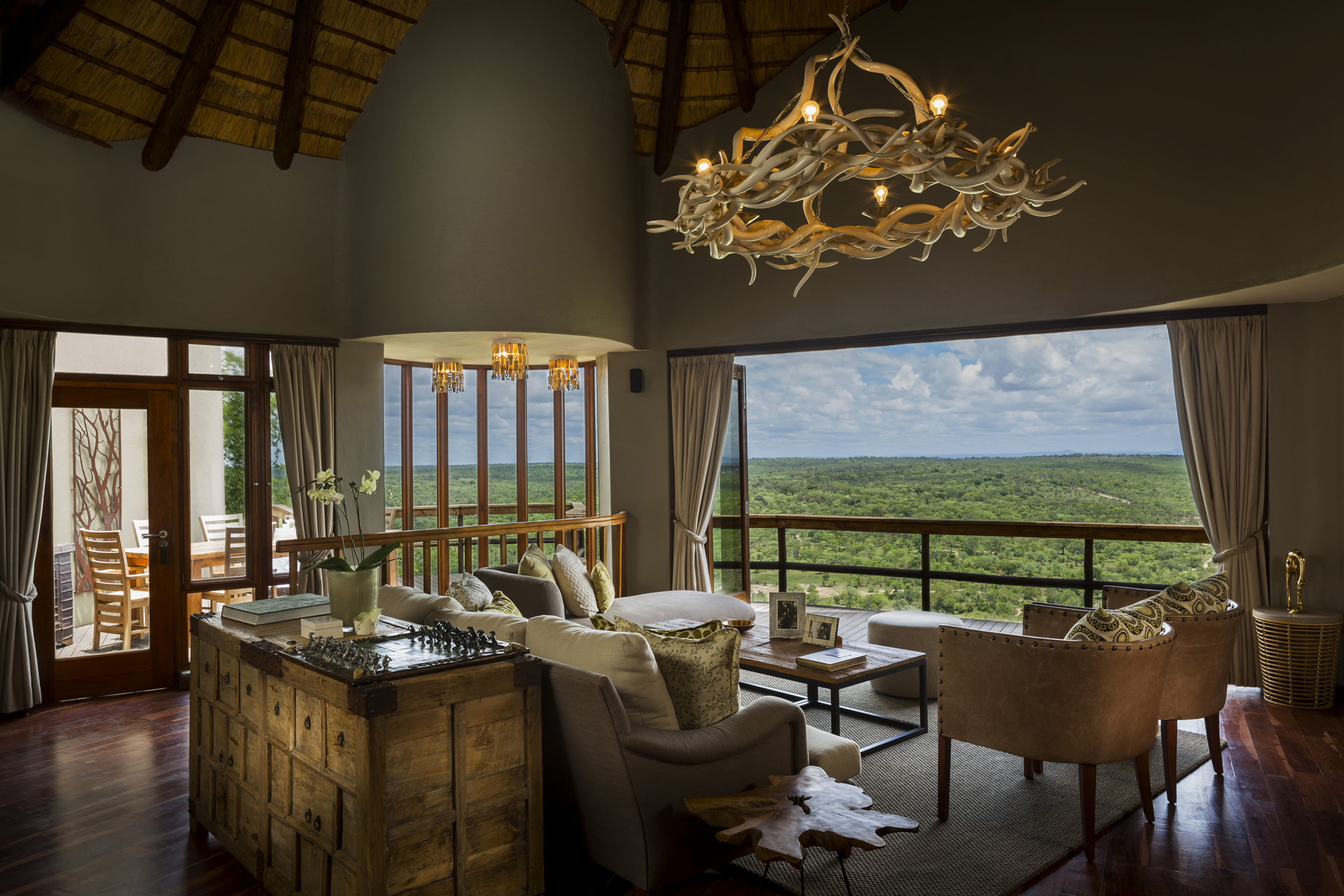 Ulusaba, South Africa, Views of Cliff Lodge