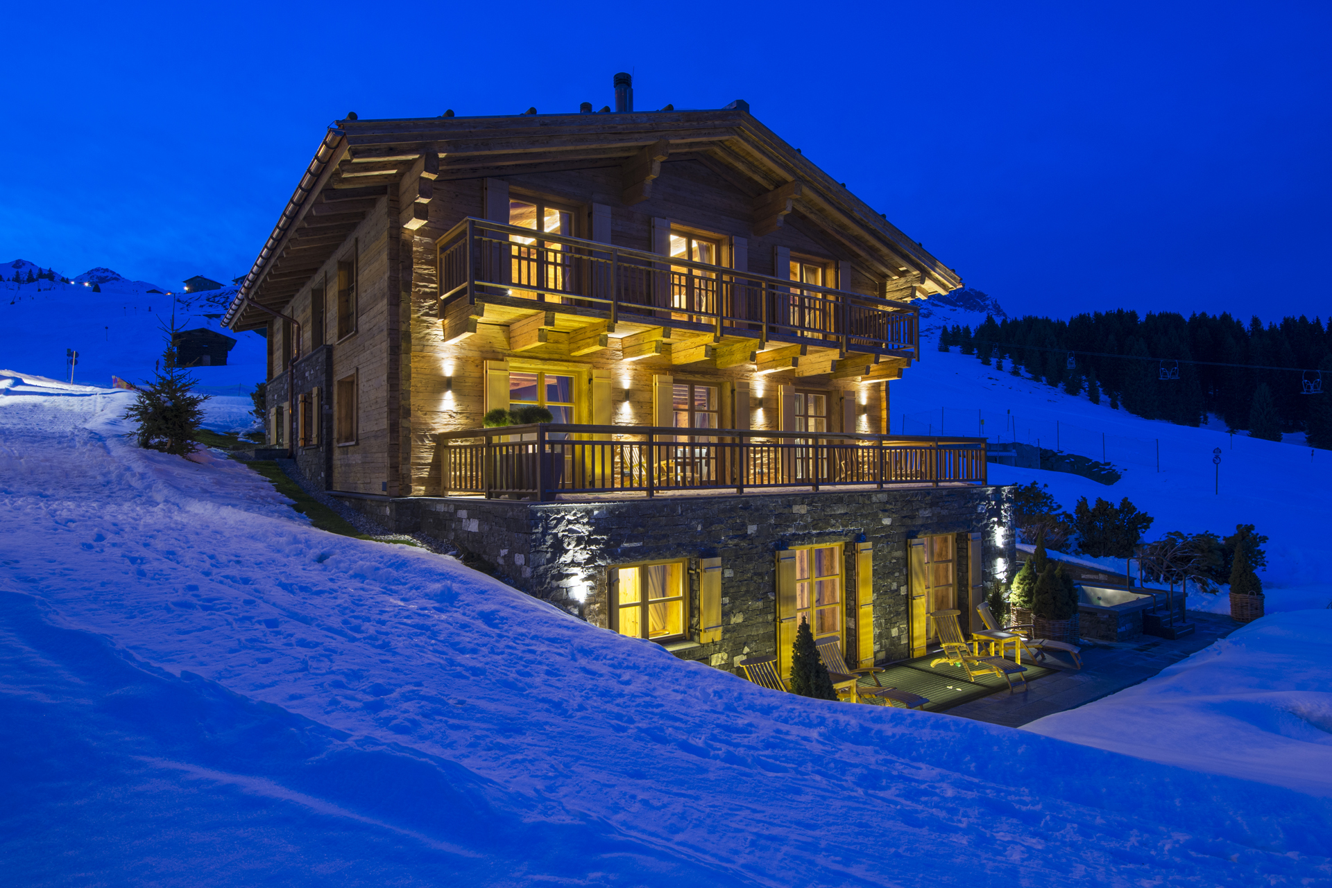 Luxury Ski Chalet uberHaus, Lech, Austrian Alps