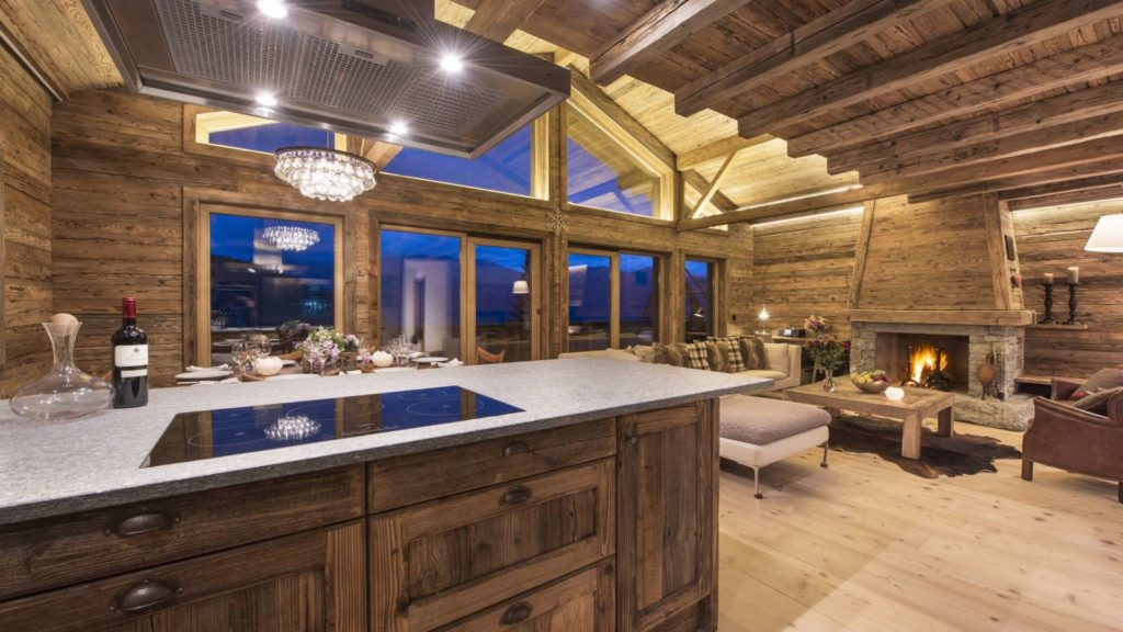 Chalet Toundra, living and kitchen area