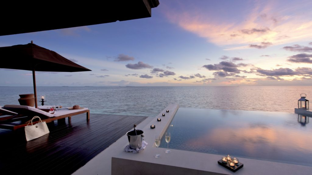 Sunset Water Suite - terrace with pool