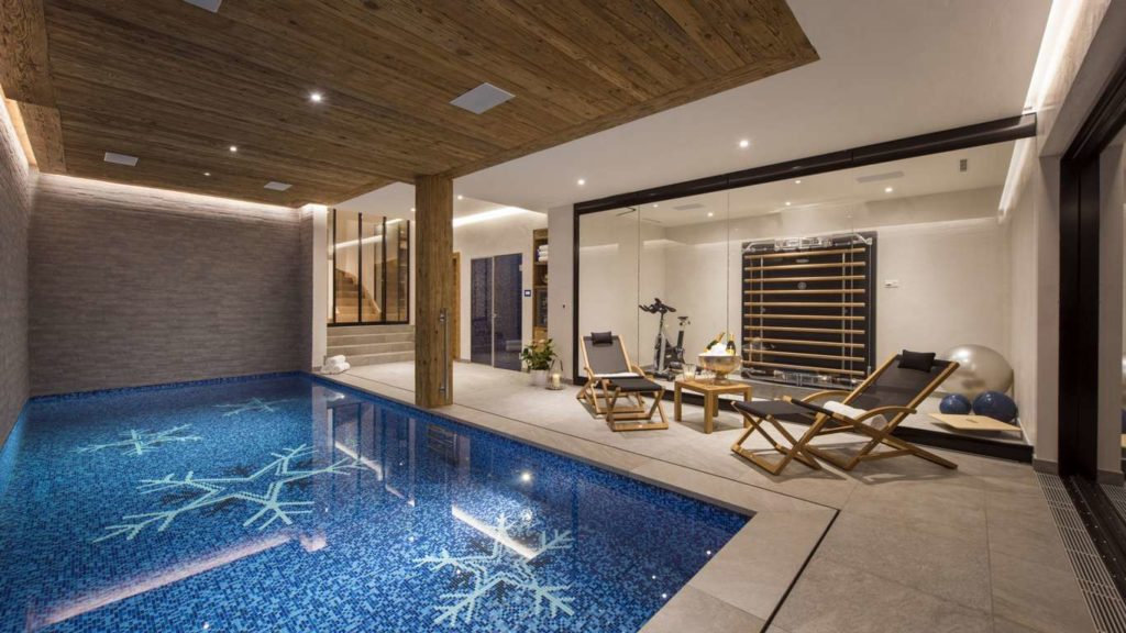 La Vigne indoor pool