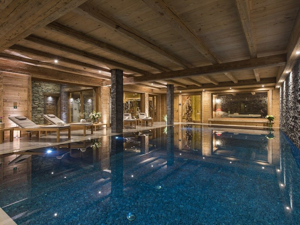 Mon Izba indoor swimming pool