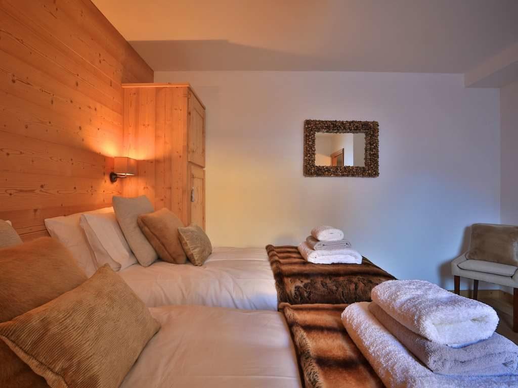 Chalet Aphylla, St. Martin de Belleville, bedroom