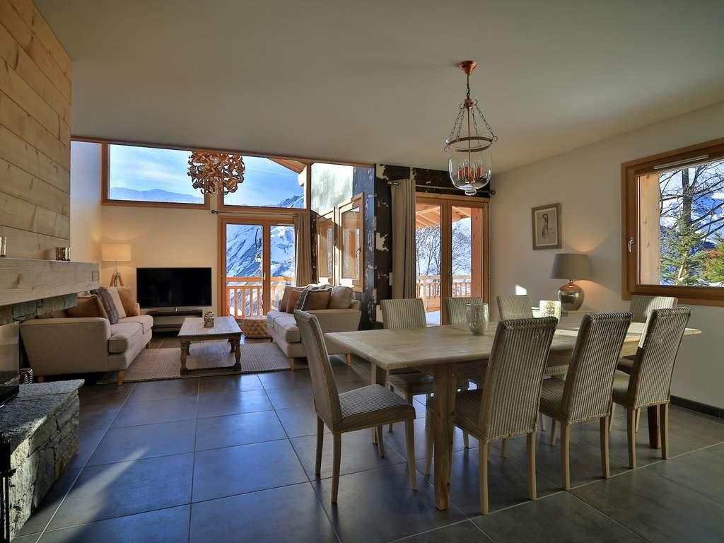 Chalet Aphylla, St. Martin de Belleville, living and dining room