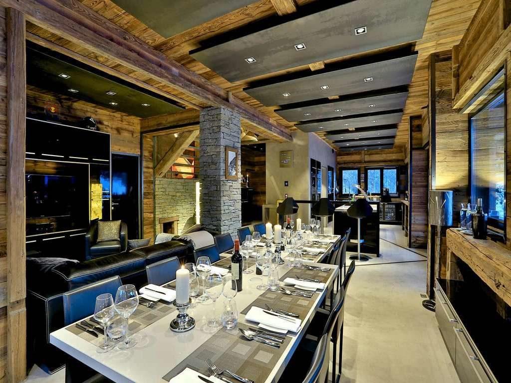 Chalet Quezac, dining area