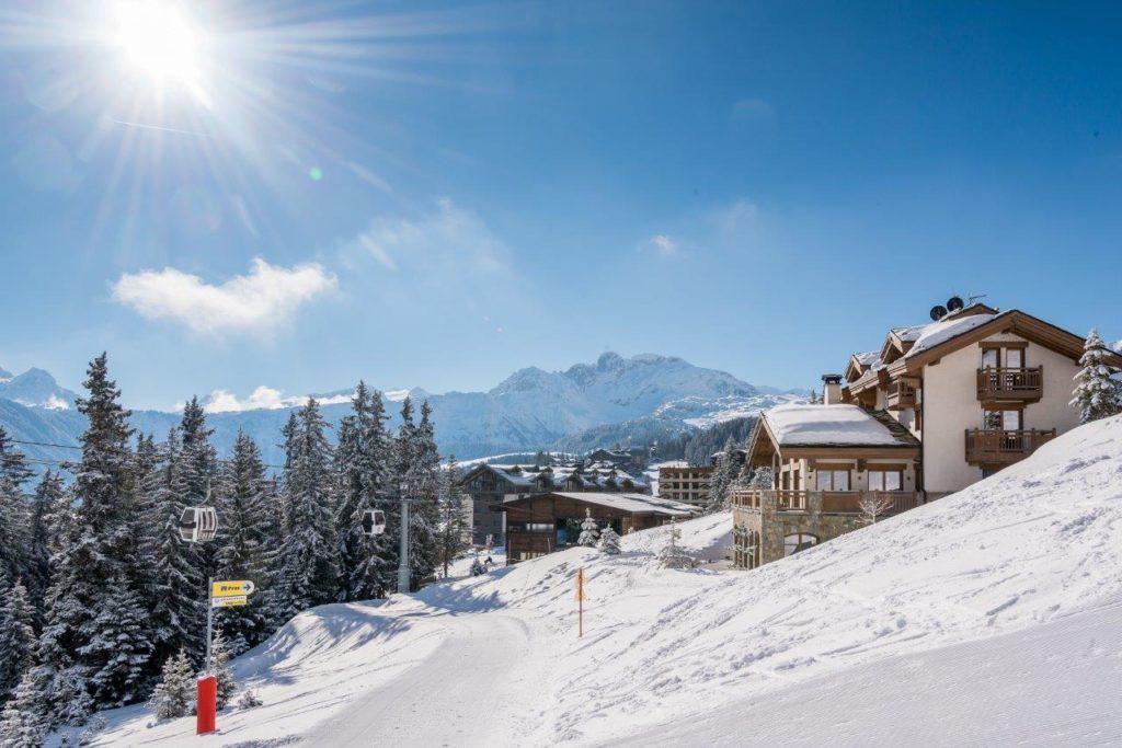 Shemshak Lodge, ski in ski out