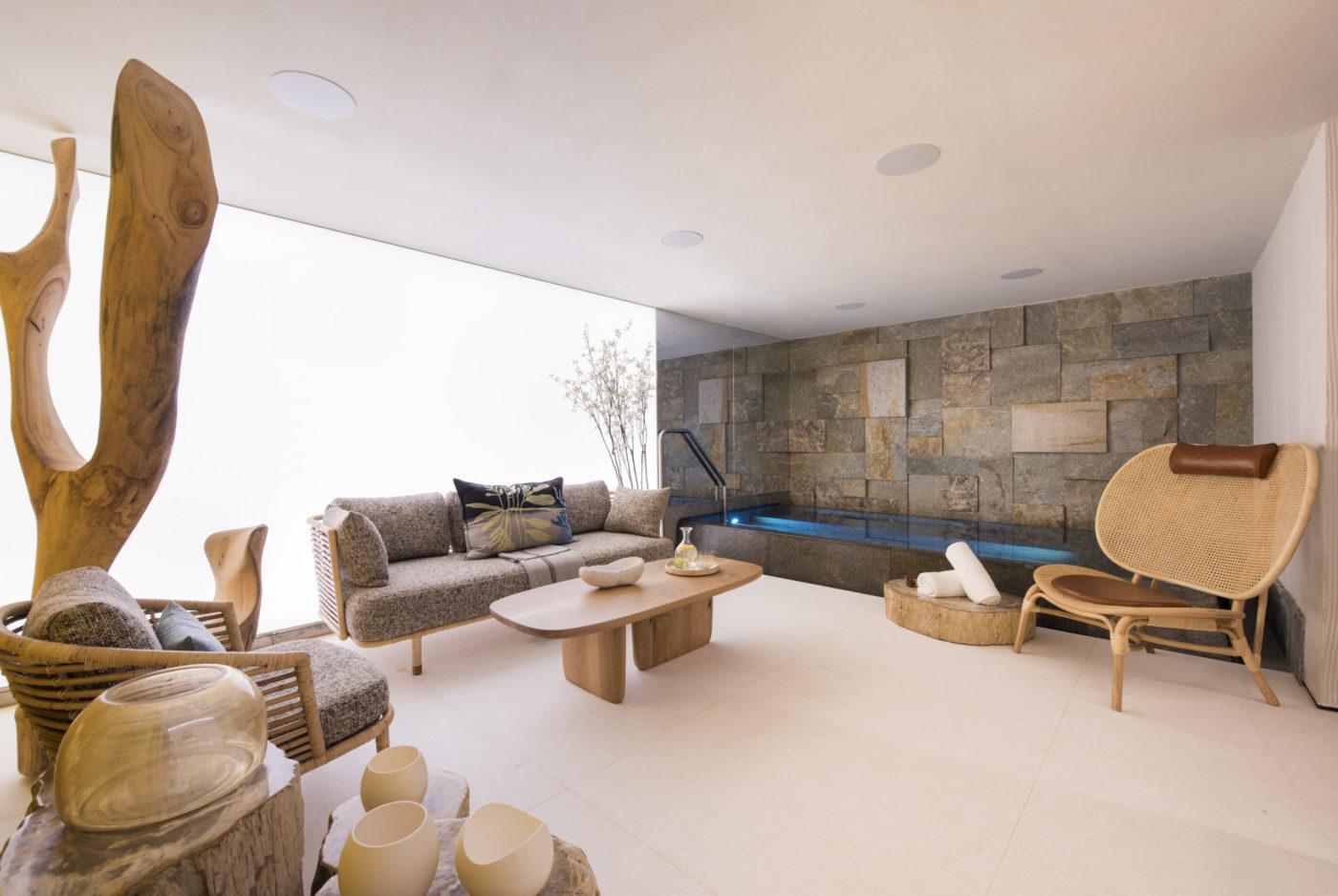 www.finest-holidays.com Chalet Denali, Zermatt, Valais, Switzerland