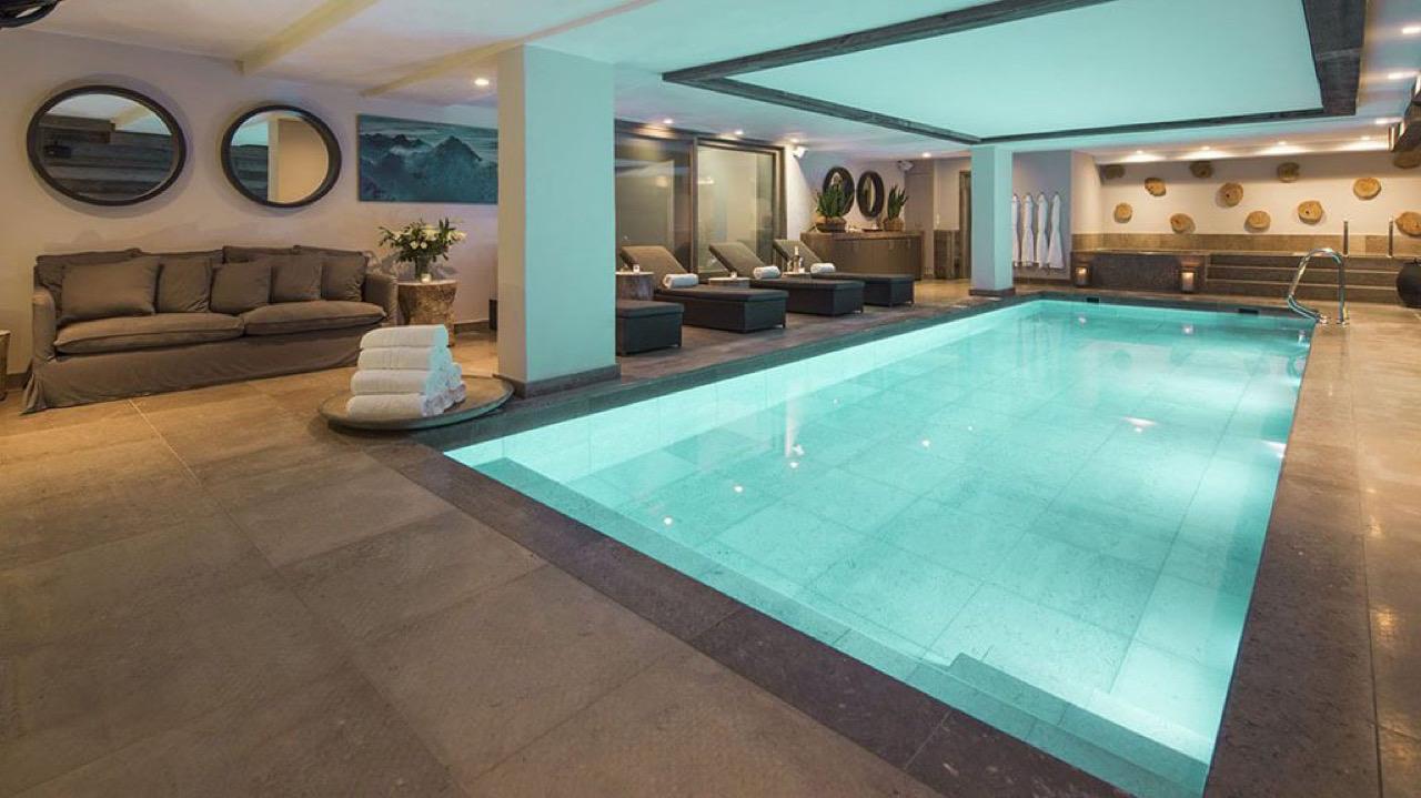 Luxury Chalet No. 14_Indoor pool_Verbier