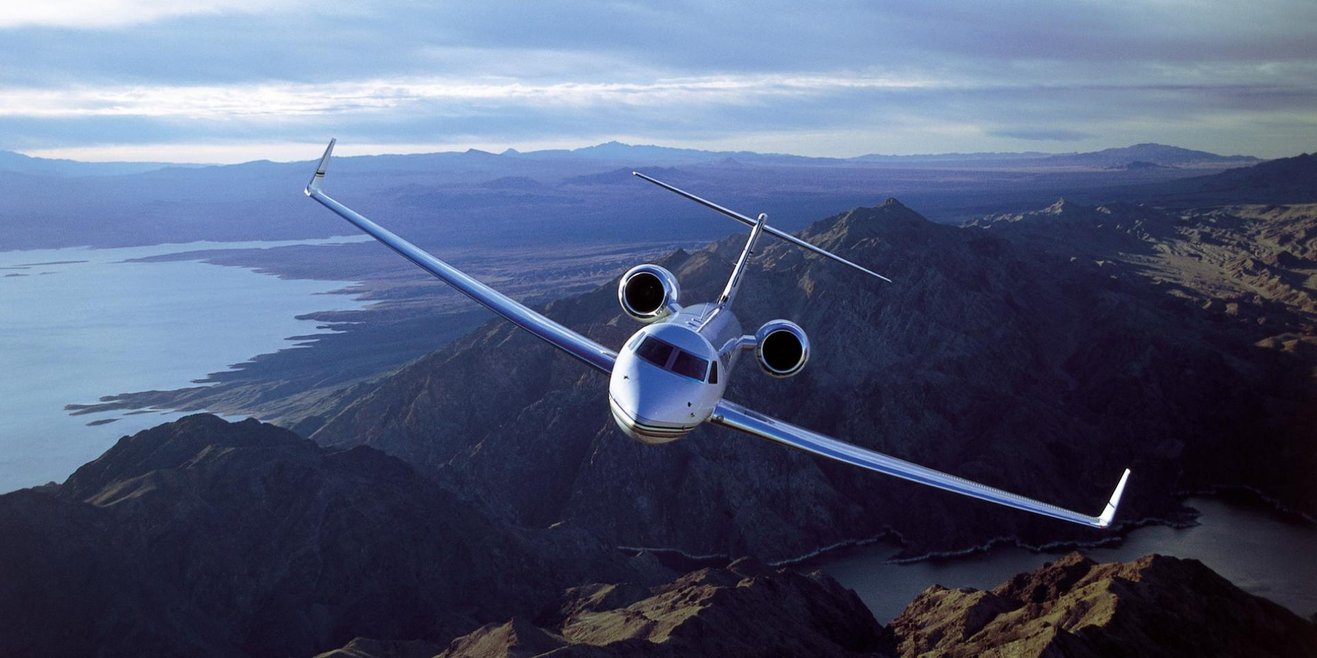 BOOK A PRIVATE JET
