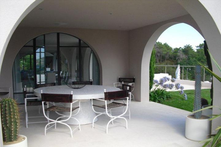 Villa de luxe st tropez st tropez luxury villas finest holidays for Villa de luxe canada