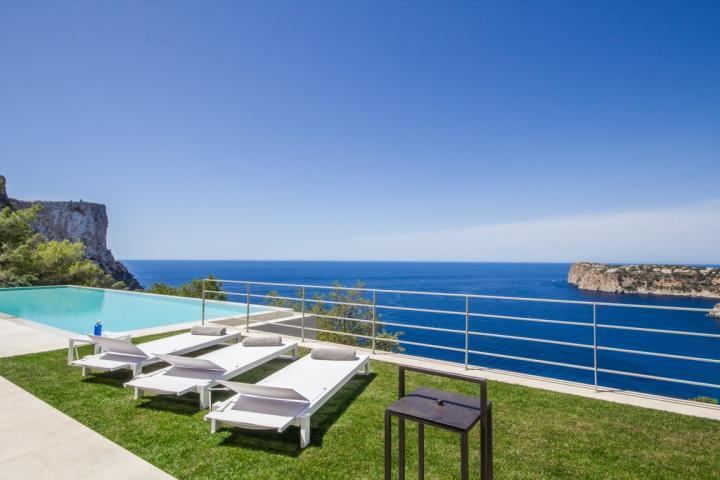 luxury villa Puerto Andratx